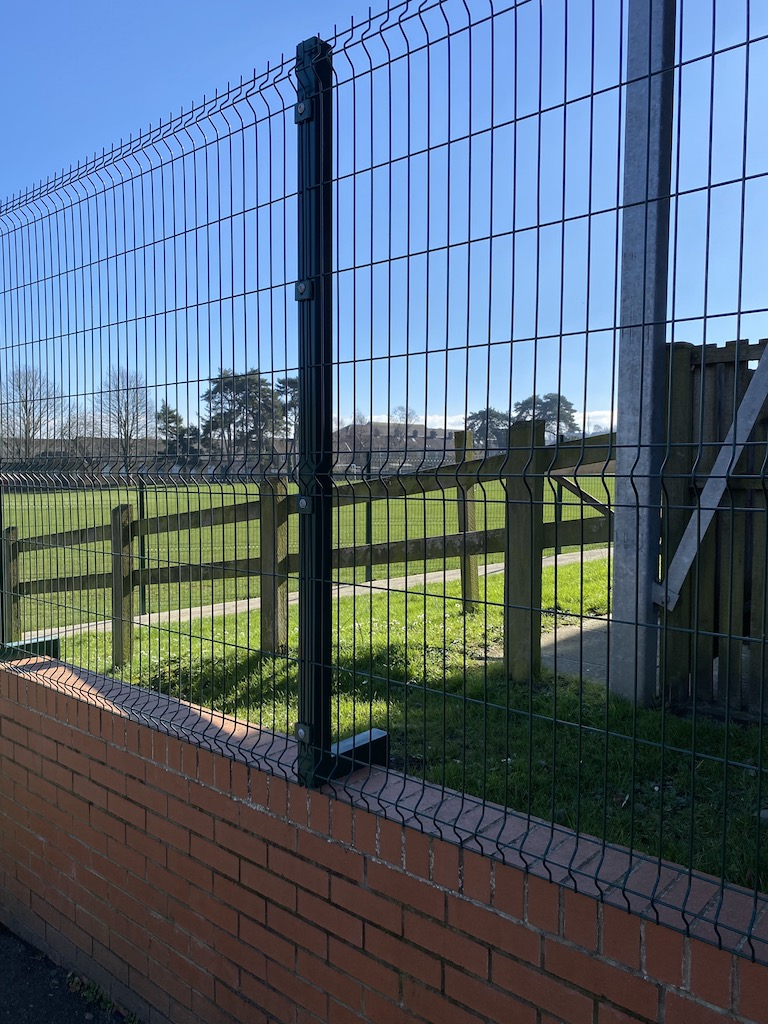 Fencing services in Avonmouth