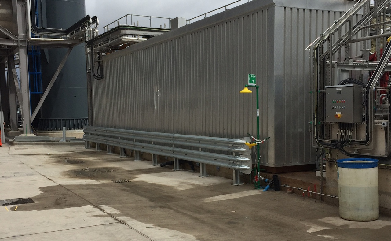 CRASH BARRIER SERVICES FOR INDUSTRIAL APPLICATIONS